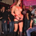 Strip-teaseuse Tania Gérardmer