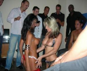 stripteaseuses duo show marseille