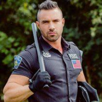Stripteaseur Matt Romans-sur-Isère