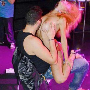 Stripteaseuse enterrement de vie de jeune garçon à Colmar