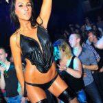 Stripteaseuse Béthune enterrement de vie de jeune garçon Tamara