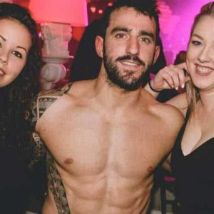 Striptease pot départ en Marne