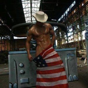Striptease Paris Bryan