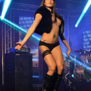 Stripteaseuse Agde Tya
