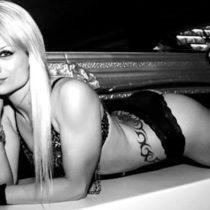Stripteaseuse à domicile Lille Nord-pas-de-Calais Kim