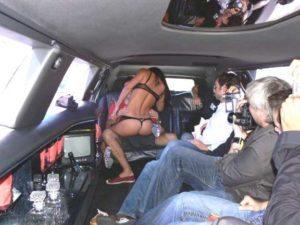 Striptease en limousine à Annemasse