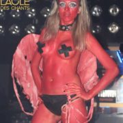 eva diable rouge