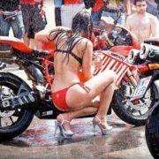 Sexy Bike Wash 03