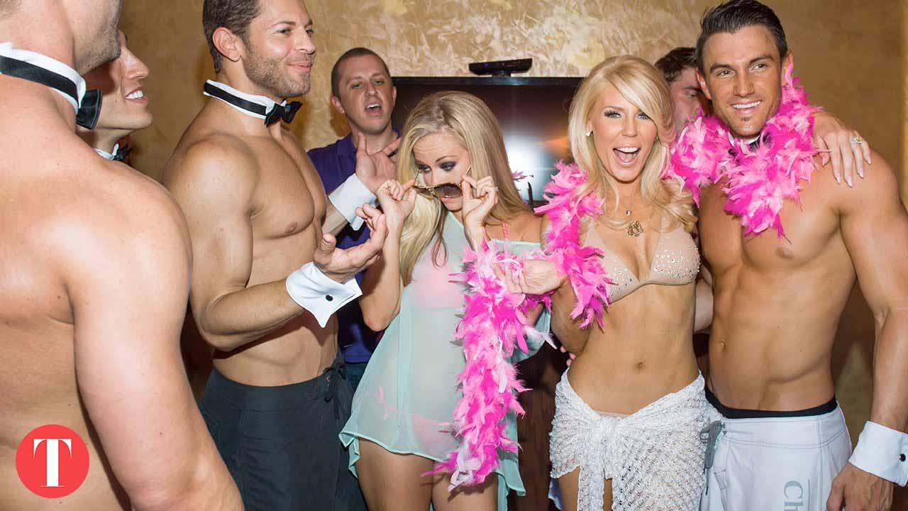 Striptease entre copines