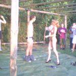 Striptease féminin pour un enterrement de vie de jeune garçon