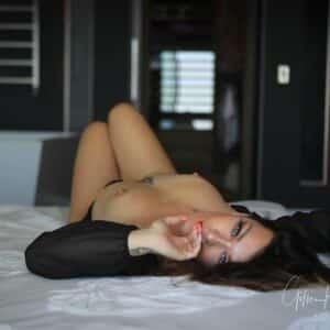 Stripteaseuse Annecy Assya - Haute-Savoie