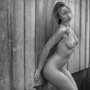 Stripteaseuse Vienne Laly 86