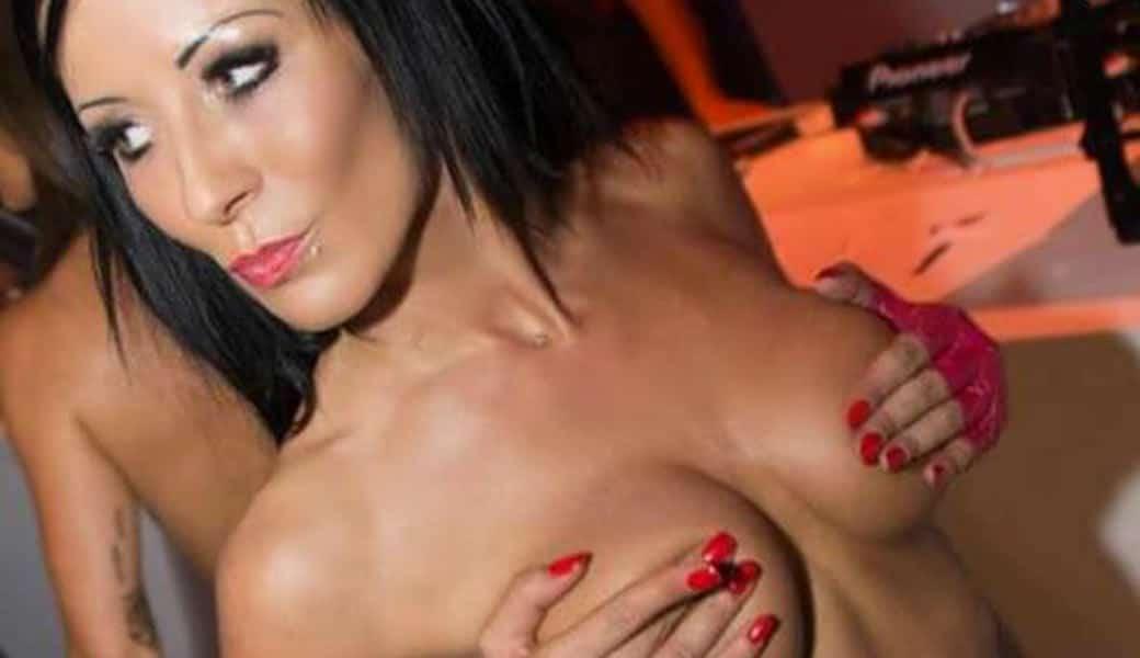 Stripteaseuse Dijon Davina