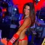 Stripteaseuse Angoulême Tya