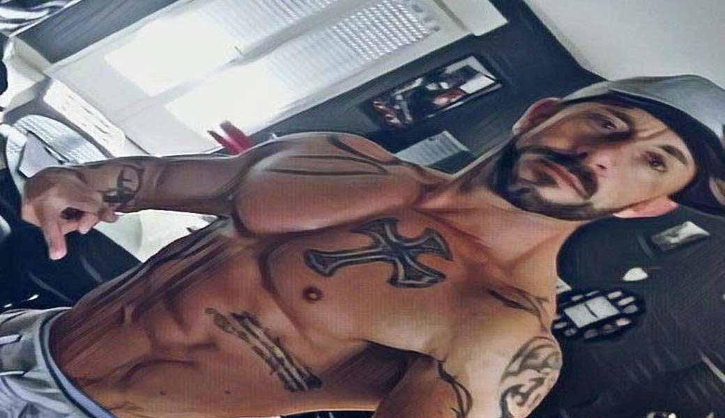 Stripteaseur Orléans Christiano