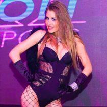 Stripteaseuse Angel Dreux