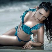 Stripteaseuse Bourges Angie Cher