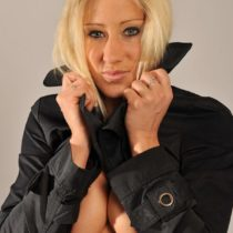 Stripteaseuse Oksana Saint-Junien