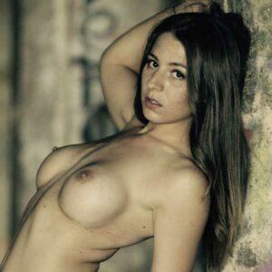 Stripteaseuse Saint-Malo Lyla Ille-et-Vilaine