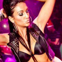 Stripteaseuse Tamara Béthune