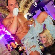 Stripteaseur Tulle