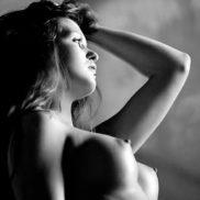 Stripteaseuse Cholet Débora 49