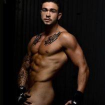 Stripteaseur Sandro Cluses
