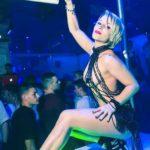 Stripteaseuse à domicile 75