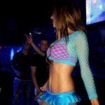 Stripteaseuse à domicile Antony