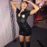 Stripteaseuse à domicile Amnéville