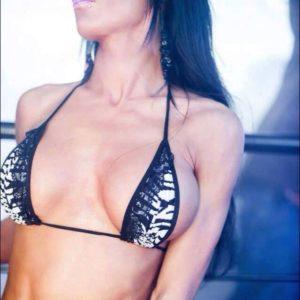 Stripteaseuse Belgique Davina