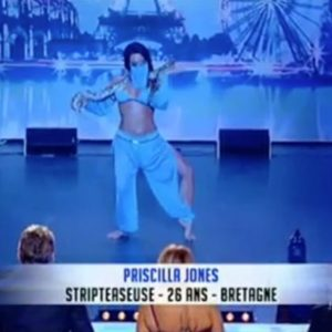 Stripteaseuse Nantes Priscillia